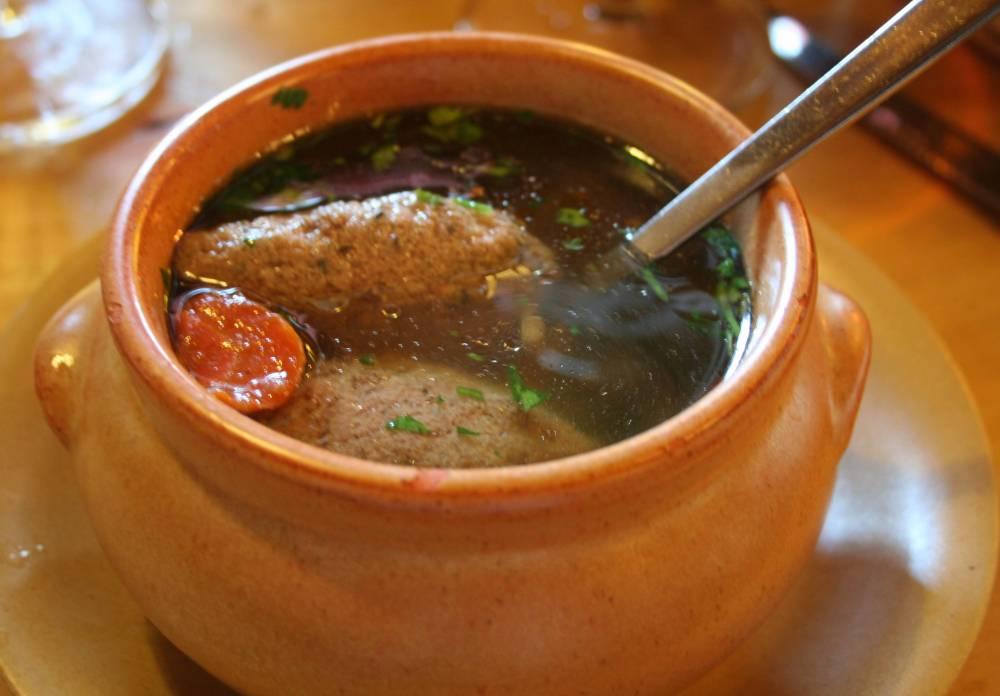 Особенности приготовления прозрачных супов